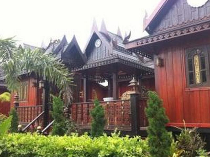 ธารน้ำริน รีสอร์ท (Thannamrin Resort)
