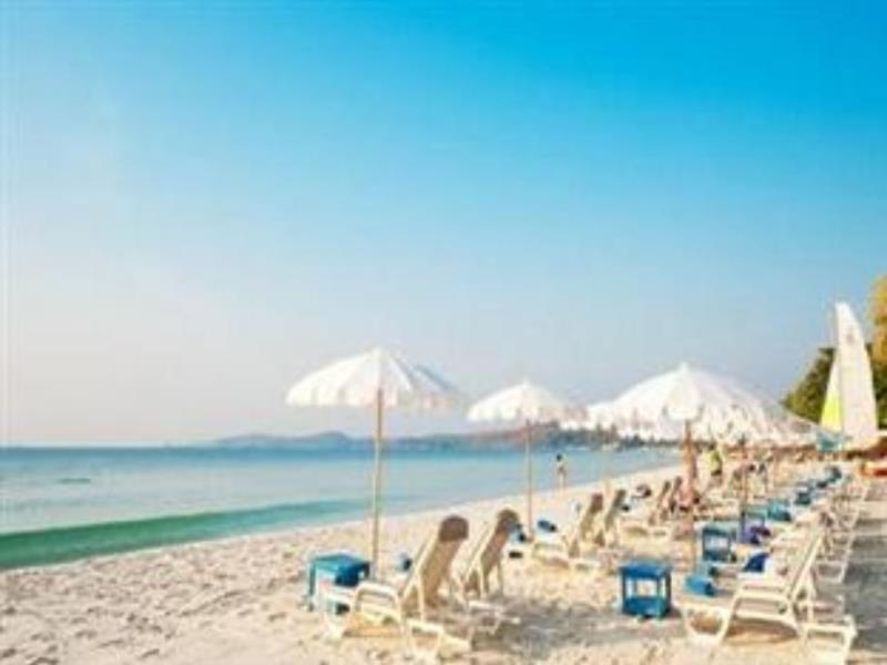 ทรายแก้ว บีช รีสอร์ท (Sai Kaew Beach Resort)