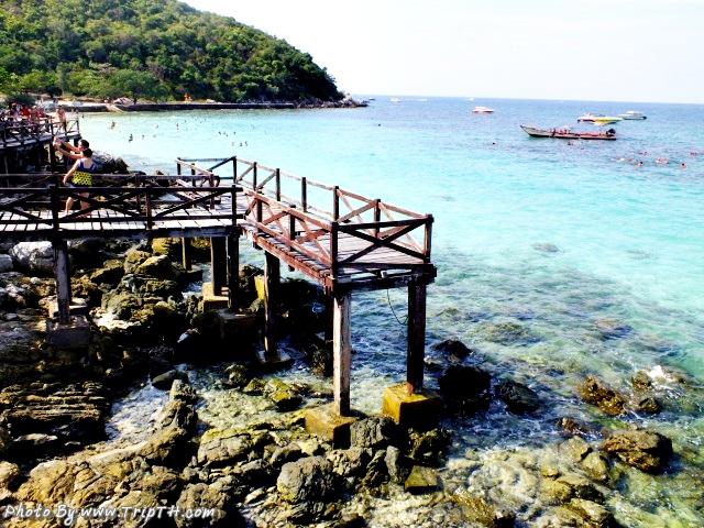 สะพานไม้หาดสังวาลย์