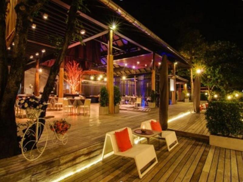เสม็ด แกรนด์วิว รีสอร์ต (Samed Grandview Resort)