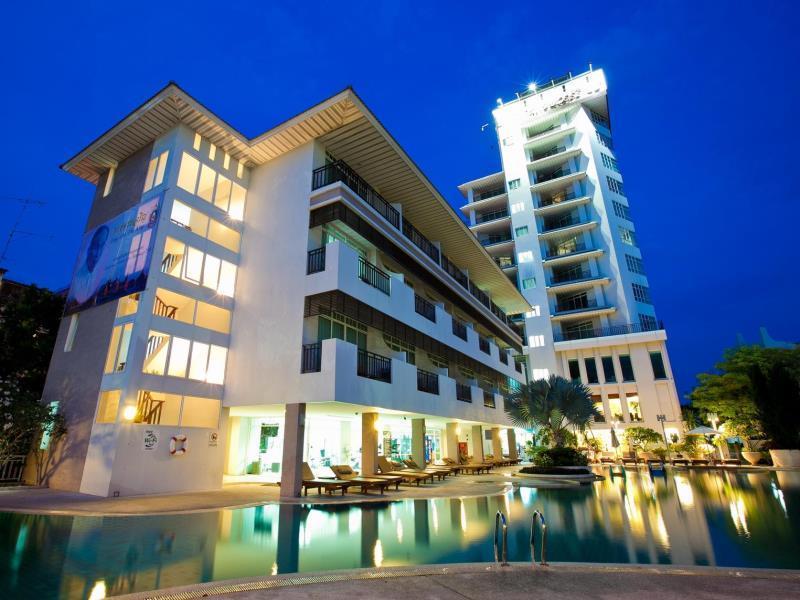 โรงแรมพัทยา ดิสคอฟเวอรี่ บีช (Pattaya Discovery Beach Hotel)