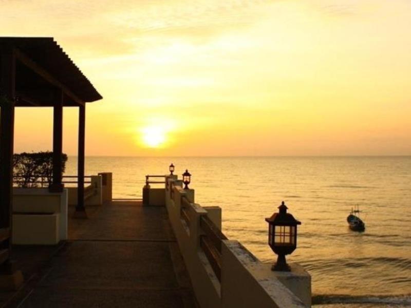 เฮาส์ บาย เดอะ ซี หัวหิน (House By The Sea Hua Hin)