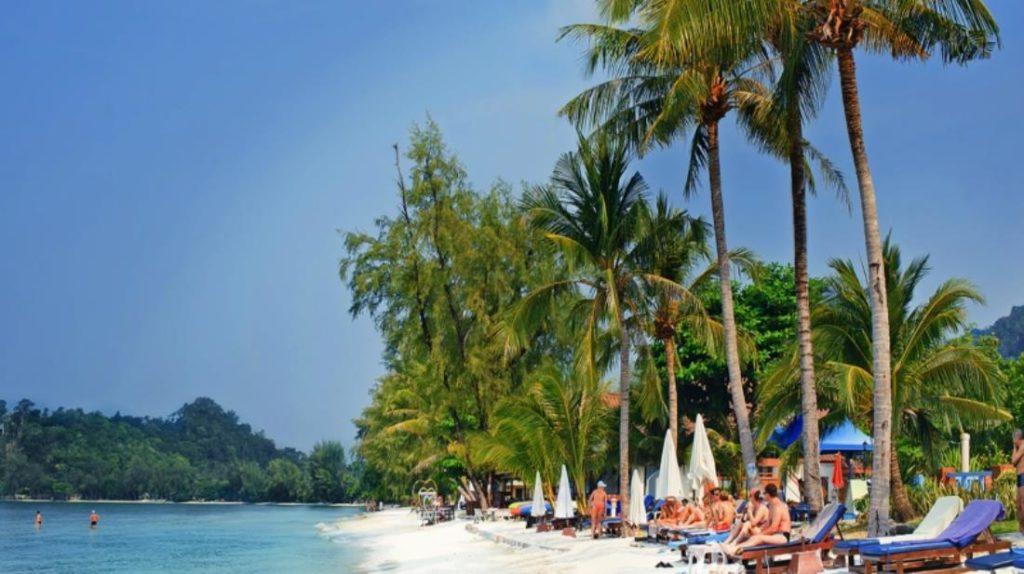 คลองพร้าว รีสอร์ท (Klong Prao Resort)