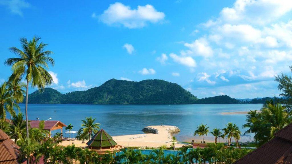 ดิ ไอยาปุระ เกาะช้าง (The Aiyapura Koh Chang)