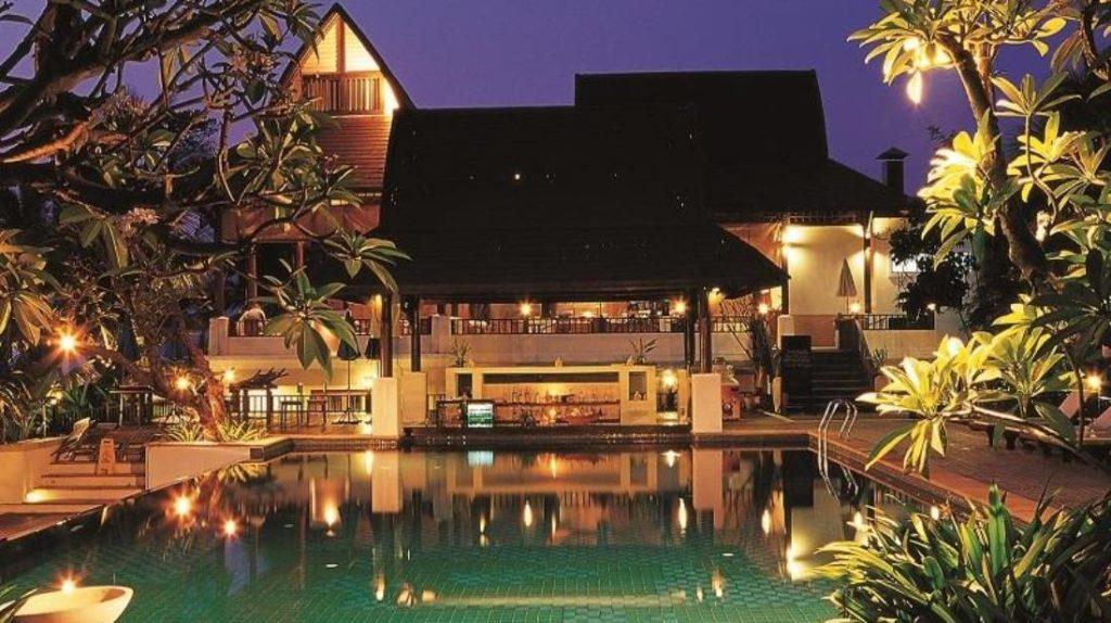 บาราลี บีช รีสอร์ท (Barali Beach Resort)