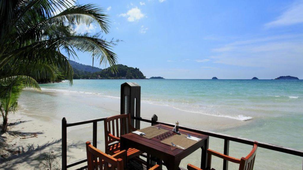 เซ็นทารา เกาะช้าง ทรอปิคานา รีสอร์ท (Centara Koh Chang Tropicana Resort)